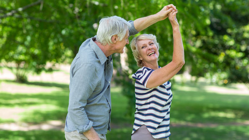 15 Reasons Why Senior Men Should Date Senior Women