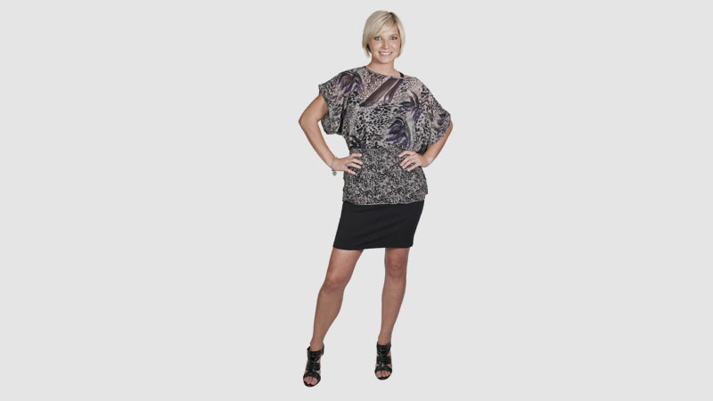 10 Mini Dress Styles To Look Sexy At 60+