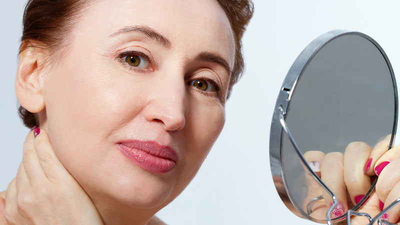 Tips To Slow Down The Aging Process And To Have A Younger Looking Skin