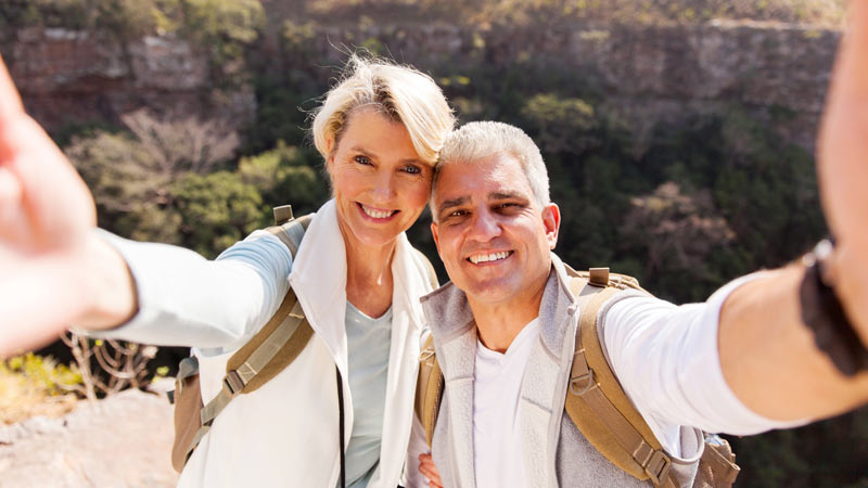 Why Dating, After 50, A Woman Who Travels A Lot Is An Amazing Relationship Experience?